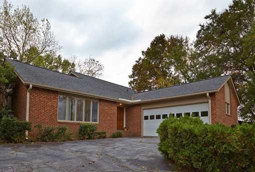 404 Cloverbrook Drive, Jamestown, NC 27282 - MLS 856961 ...