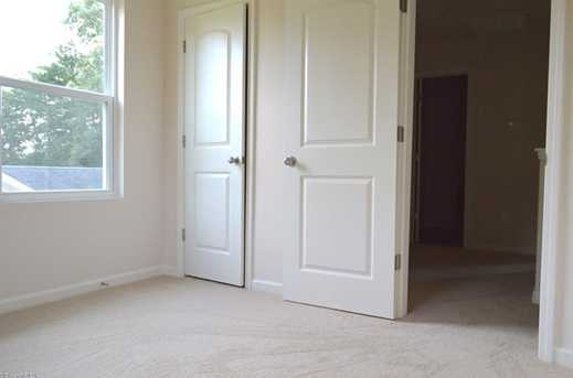 140 Merlin Dr - Photo 9