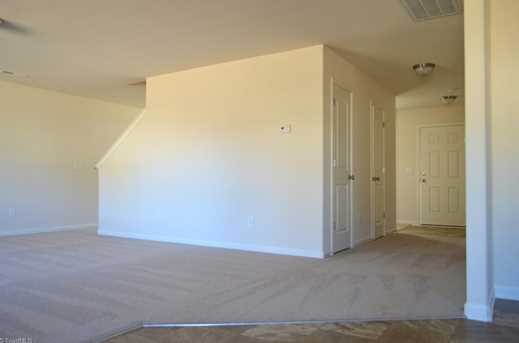 137 Merlin Dr - Photo 13