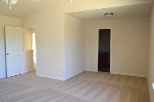 137 Merlin Dr - Photo 15