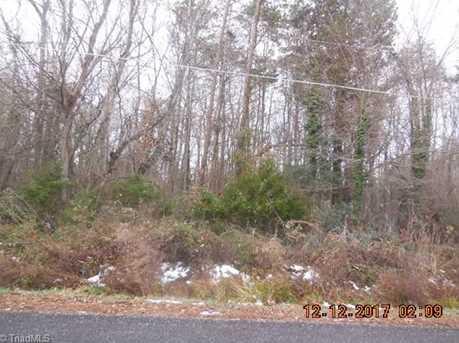306 Cedarwood Trail - Photo 3