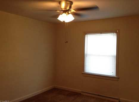 2805 Robin Hood Dr - Photo 5
