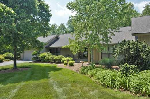1201 Overland Dr - Photo 1