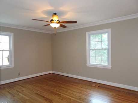147 N Peace Haven Road - Photo 17