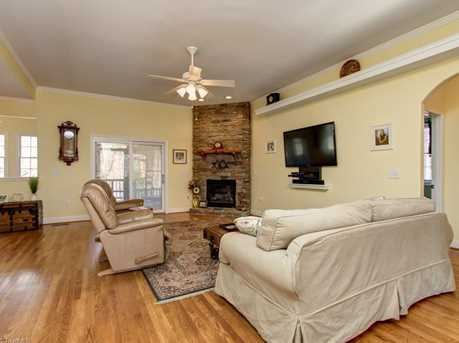 153 Glenoak Drive - Photo 7