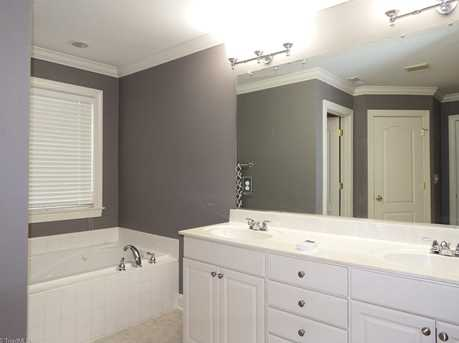 7622 Rolling Oak Court - Photo 15