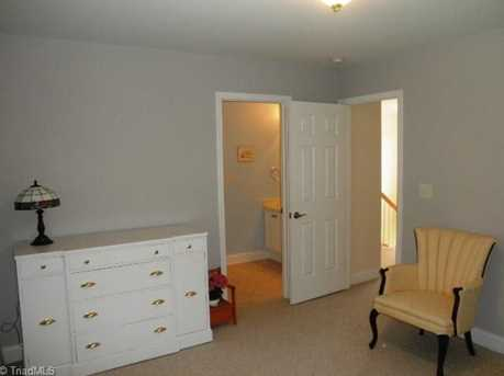 1068 Meadowlands Drive - Photo 21