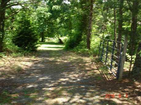 2629 Lone Hickory Rd - Photo 27