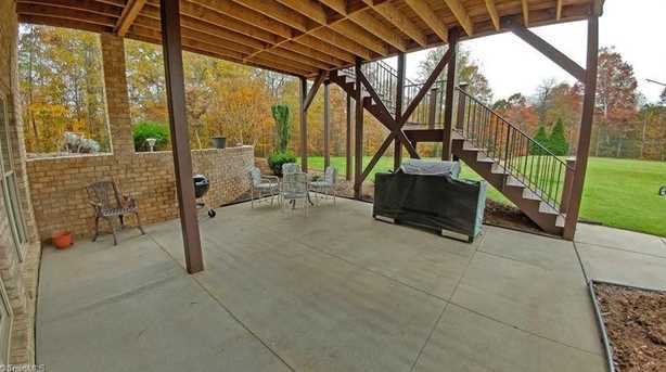 7313 Henson Forest Dr - Photo 23
