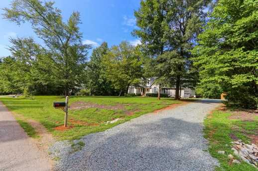 7177 Johns Point Ct - Photo 3