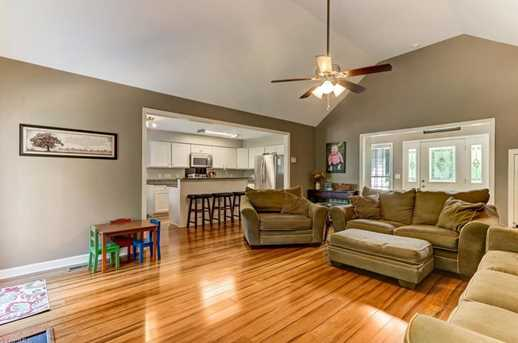 7177 Johns Point Ct - Photo 9