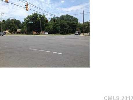 4255 Statesville Road - Photo 3