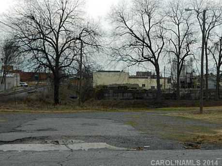 104 Avon Street - Photo 3