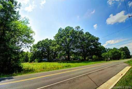 10301 Arlington Church Road - Photo 3