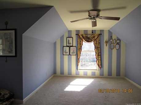 581 Briarwood Drive - Photo 13