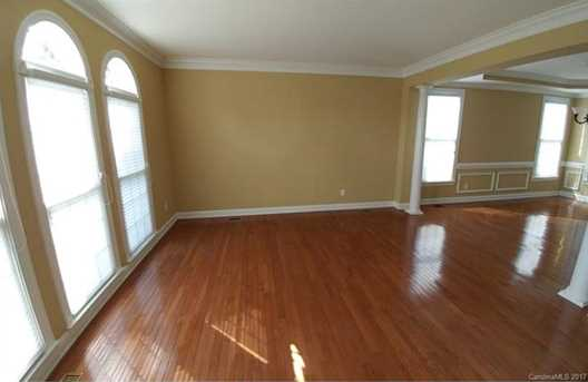 501 Clear Wood Court - Photo 3