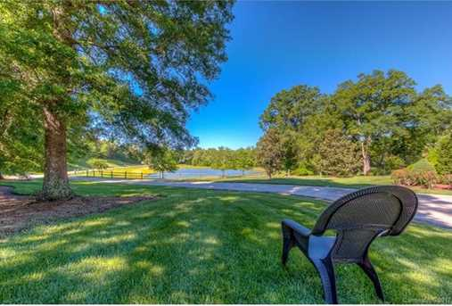 2547 McConnells Hwy - Photo 7