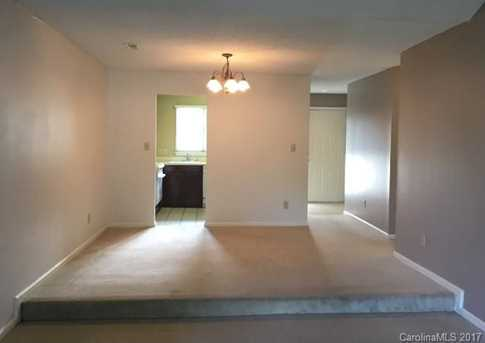 2719 Selwyn Avenue #6 - Photo 4