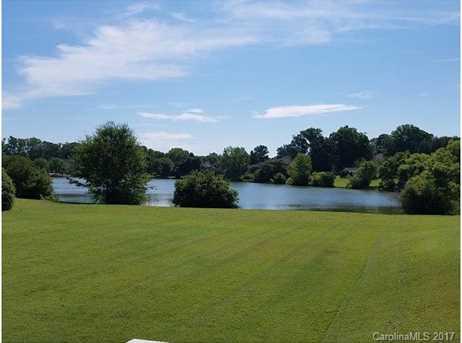 138 Lake Pointe Drive - Photo 2