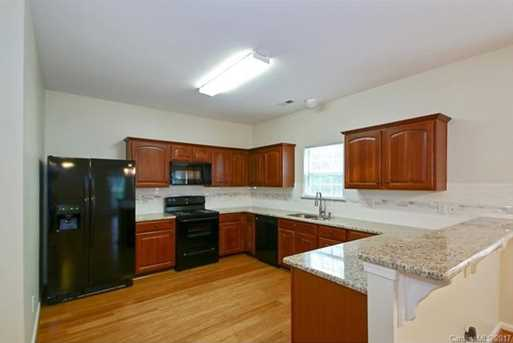 10813 Chamberlain Hall Court - Photo 3