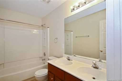 10813 Chamberlain Hall Court - Photo 13