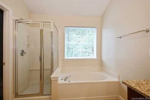 10813 Chamberlain Hall Court - Photo 11