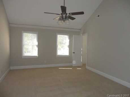 9033 Pennyhill Drive - Photo 14