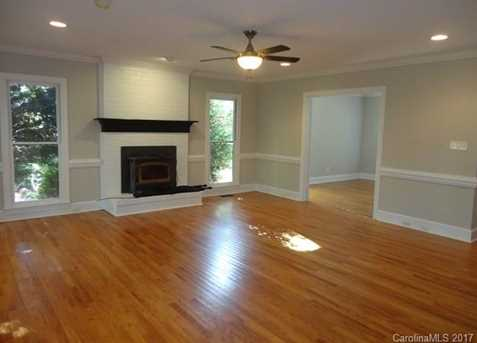 9033 Pennyhill Drive - Photo 7