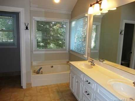 9033 Pennyhill Drive - Photo 15