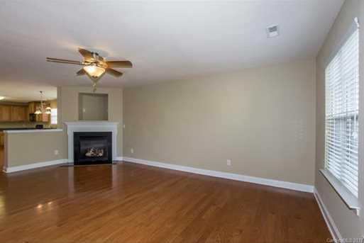 6246 Silver Chime Way - Photo 4