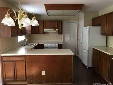2601 Briar Ridge Drive - Photo 6