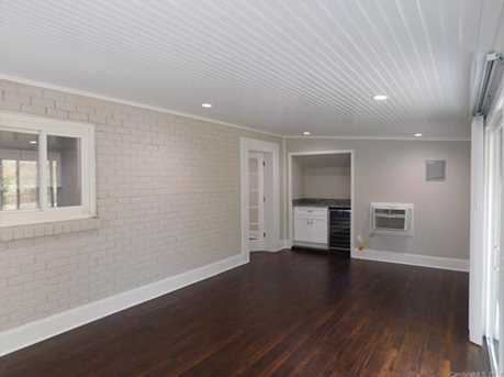 648 Charter Place - Photo 14