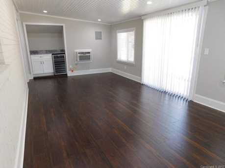 648 Charter Place - Photo 9
