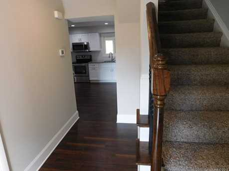 648 Charter Place - Photo 15