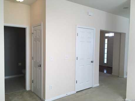 2025 Sugarbush Drive - Photo 5