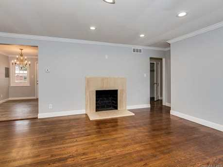 440 E Woodlawn Road #145 - Photo 7