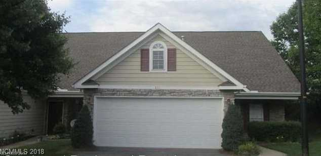 811 West Pointe Drive - Photo 1