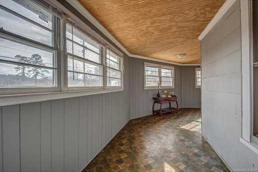 539 Brooklyn Avenue - Photo 3