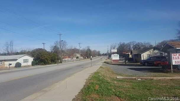 1122 Mount Gallant Road - Photo 1