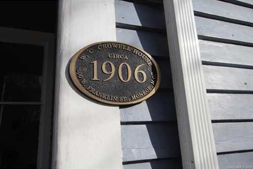 600 W Franklin Street - Photo 35
