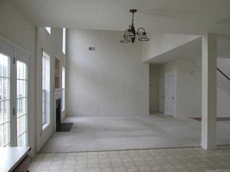 5943 Ashebrook Drive - Photo 7