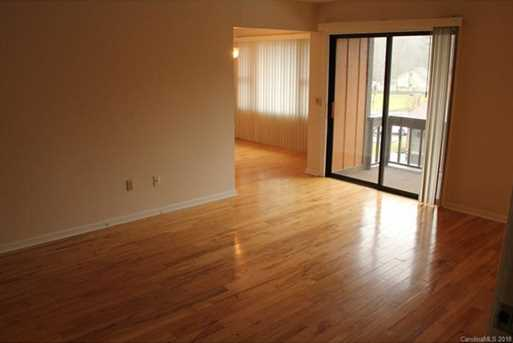 1739 Haywood Manor Road #10D - Photo 3
