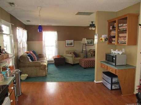 4009 Suttle Place - Photo 11