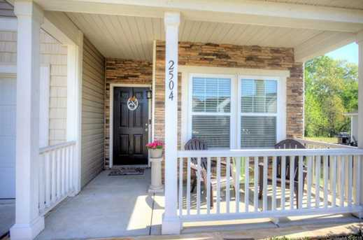 2504 Sierra Chase Dr - Photo 3