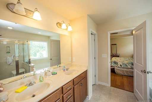 11823 Springpoint Ln #49, 55 - Photo 17