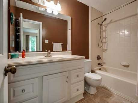 4900 Golfview Ct - Photo 15