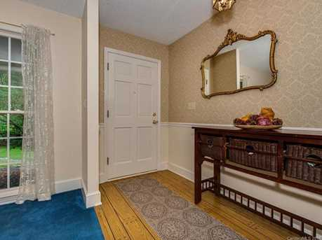 4900 Golfview Ct - Photo 3