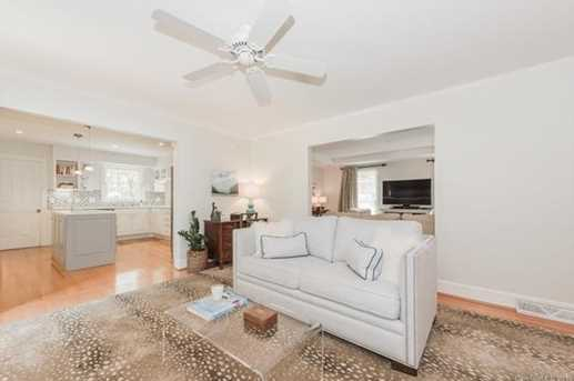 401 Roselawn Place - Photo 9