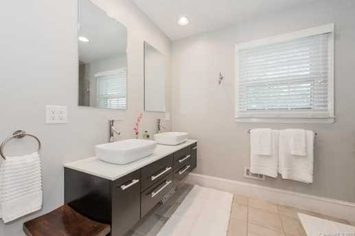 401 Roselawn Place - Photo 19