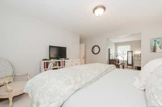401 Roselawn Place - Photo 17